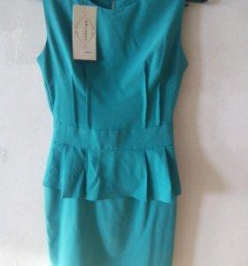Платье 42р. новое