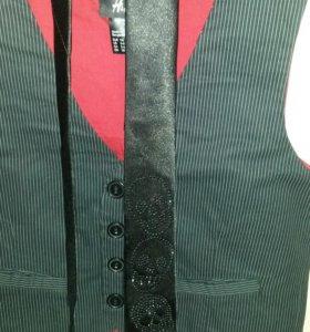 Стильный жилет и галстук на утренник