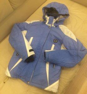 Продам спортивную куртку б.у.