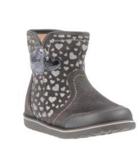 Geox новые нат кожа осенние ботинки на подкладке