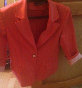 Пиджак караловый