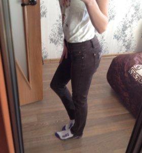 Новые джинсы JRF
