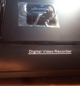 Сетевой 4канальный Full HD видеорегистратор N1004F