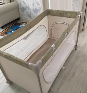 Продам манеж-кровать Happi Baby