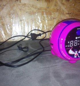 Радио часы с проектором VITEK Winx