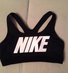 Спортивный топ для фитнеса женский Nike одежда
