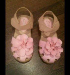 Босоножки сандали новые