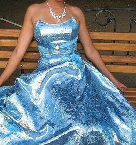 Платье вечернее на карсете