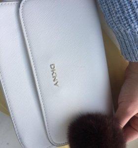 Сумка маленькая DKNY