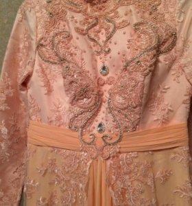 Платье с Турции. С небольшим шлейфом
