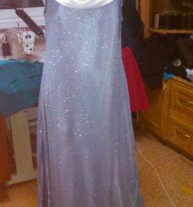 Платье шикарного серого цвета