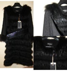 Енот на трикотаже,пальто с мехом