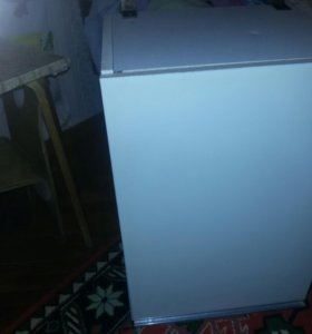 Кухонный подвесной шкаф