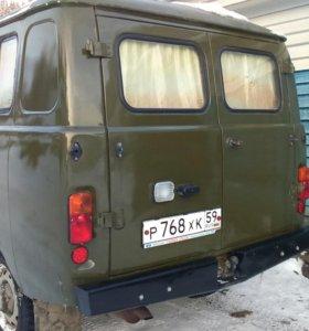 Автомобиль УАЗ 452