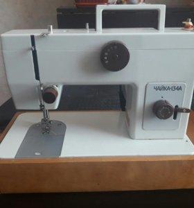 Швейная машина с ножным электропроводом