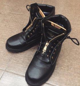 Ботиночки Balmain кожаные