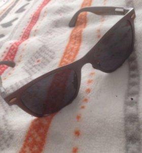 Продам очки от солнца