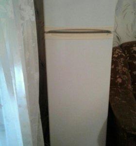 Продам холодильник в отличном состоянии Саратов