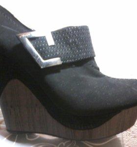 Ботинки туфли 36 р