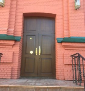 Арочная дверь массив