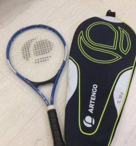 Теннисная ракетка с чехлом в комплекте