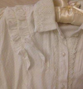 Приталенная блузка на пуговичках