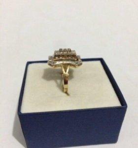 Кольцо и Серьги Золото 585 пробы
