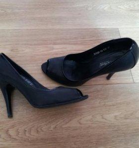 Туфли р. 37 натуральная кожа