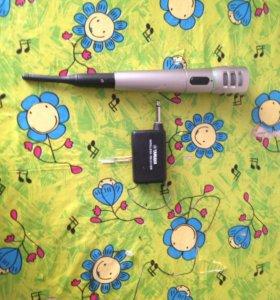 Беспроводной микрофон YAMAHA