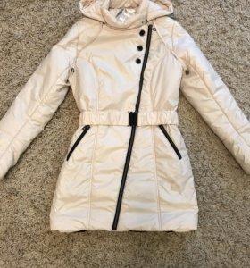 Пальто на девочку 11-12 лет