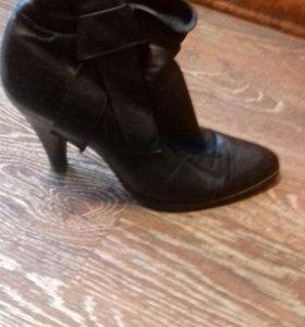 """Ботинки нат.кожа.""""Лионелла""""."""