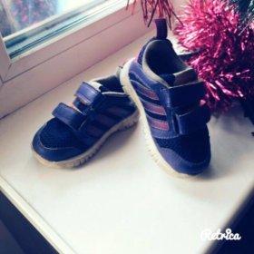 Детские кроссовки Adidas kids