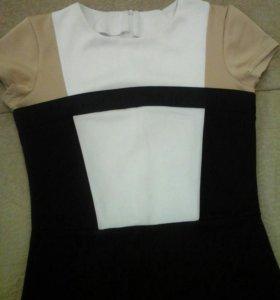 Платье на 44-46
