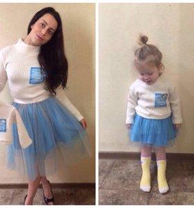 Одинаковые костюмы для мамы и дочки