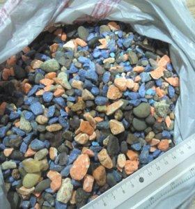 Камни,лампа для аквариума.
