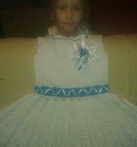 Вязаная одежда детям и взрослым