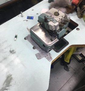 Оверлок промышленный 3-х ниточный со столом