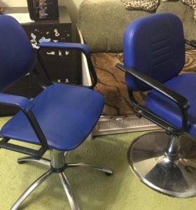 Кресла парикмахера. Самовывоз.за 2  кресла 2000₽