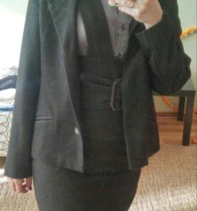 Костюм:сарафан+пиджак