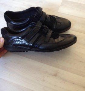 Мужские туфли Zara