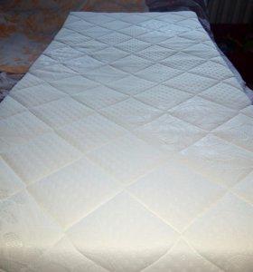 Новый матрасик в кроватку