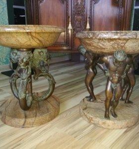 Две вазы напольные из мрамора