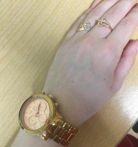 Часы женские от Samanta Messi