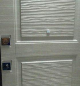 Двери входные,межкомнатные ,обои,ламинат.