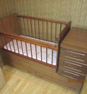 Продам детскую кровать-трансформер б.у.