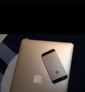 Apple iPhone 5S 16GB (черный)