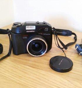 Фотоаппарат компактный Olympus C-5060 wide zoom