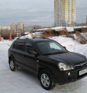 Автомобиль hyundai tucson