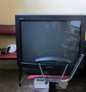 Телевизор SONY 63 см