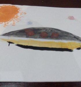Рисунок НЛО в космосе